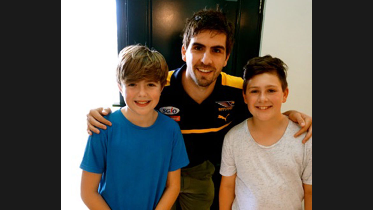 Andrew Gaff and footy fans